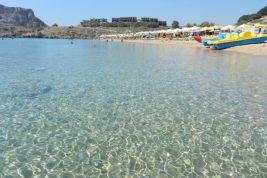 La spiaggia dorata di Agathi