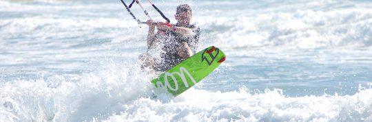 Prassonissi, la spiaggia dei due mari, paradiso dei surfisti