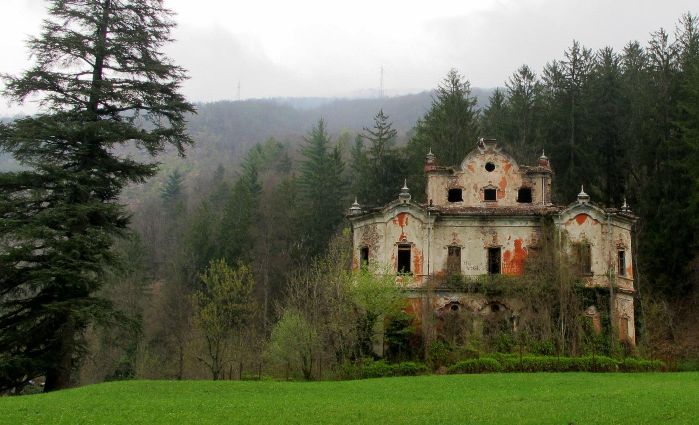 Villa In Vendita A Rodi